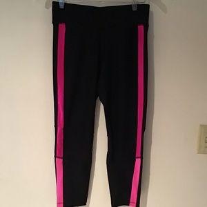 Pants - Women's Medium Capri Workout Tights
